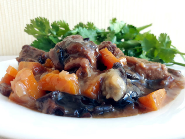 телятина с черносливом рецепт